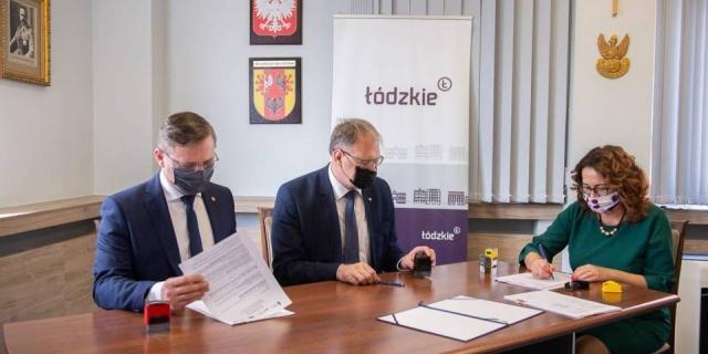 Przebudowy dróg w Radomsku i gminie Wolbórz dofinansowane z pieniędzy unijnych